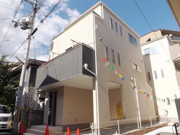 大阪市平野区喜連第4期1号地 新築一戸建て