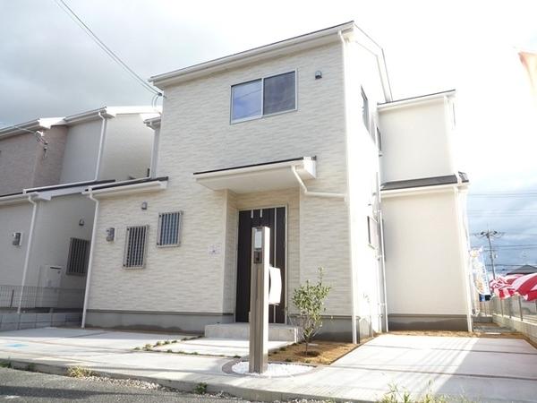 大阪市平野区瓜破第3期1号地 新築一戸建て