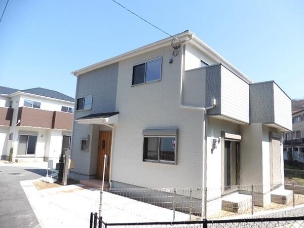 茨木市郡第6期4号地 新築一戸建て
